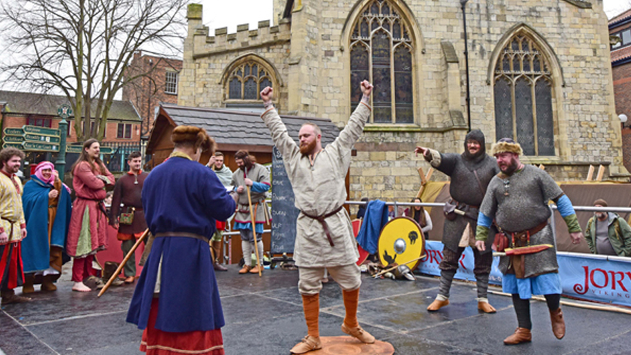 performers at Jorvik Viking Centre
