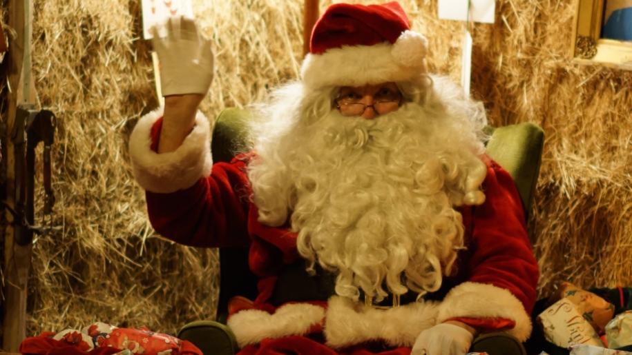 Santa at Bocketts Farm