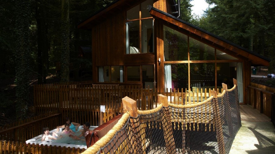 Forest Holiday lodge