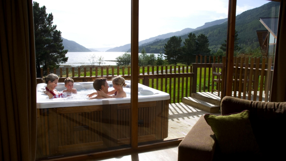 Hot tub at Forest Holiday