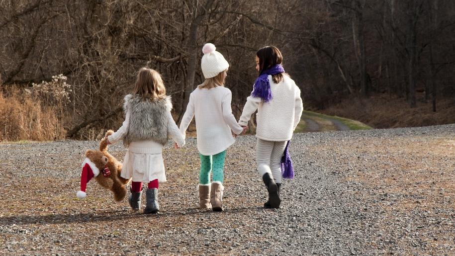 girls walking in winter