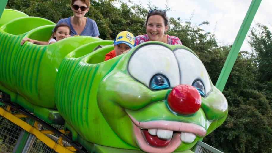 twinlakes caterpillar ride