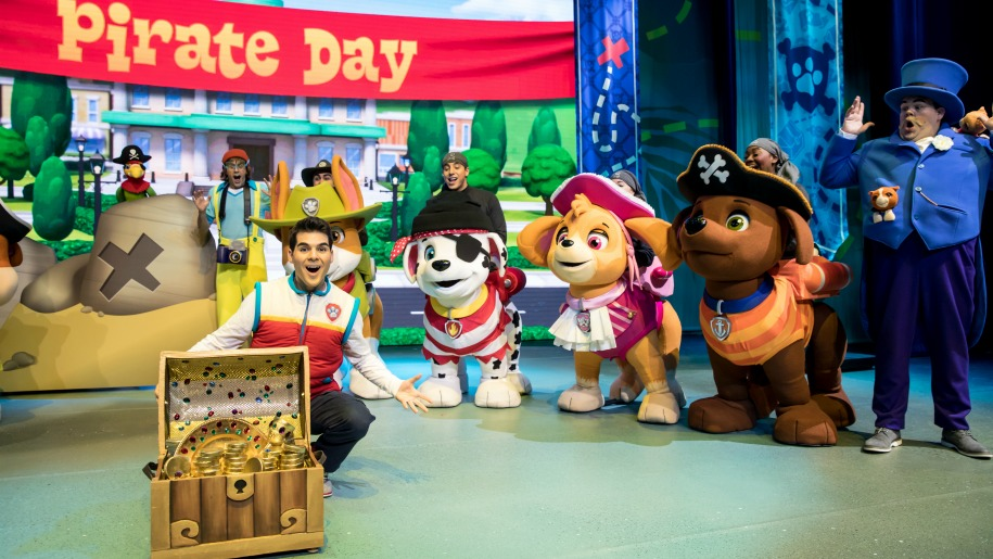 paw patrol characters on stage