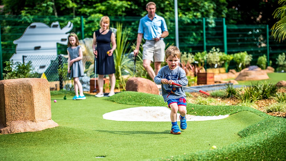 crazy golf sidcup