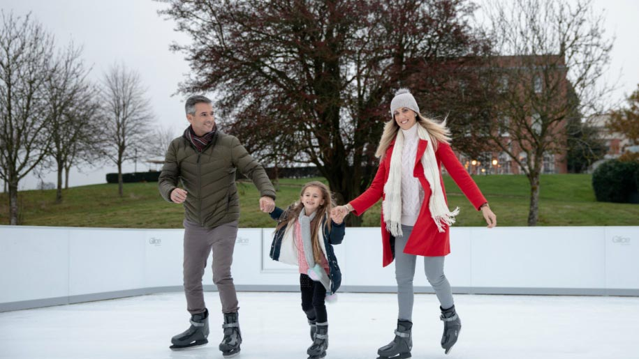 ice skating family