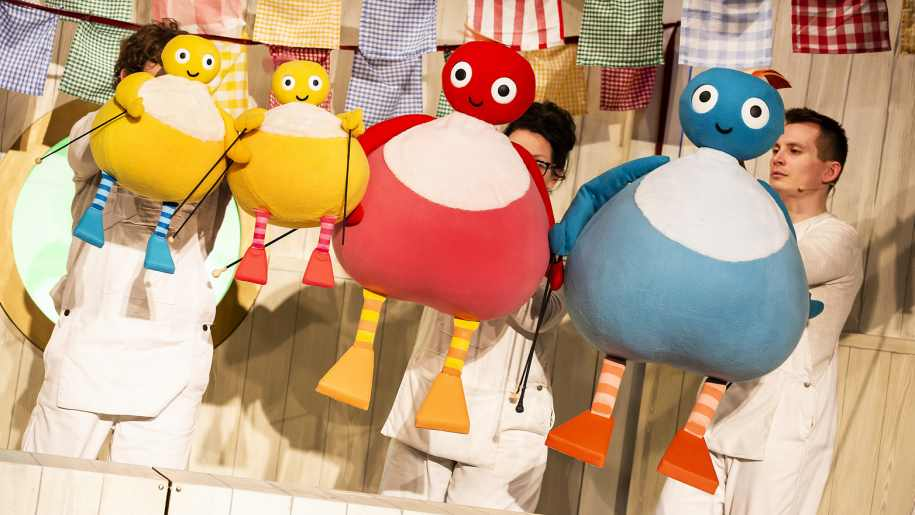 twirlywoos tour, kids activities