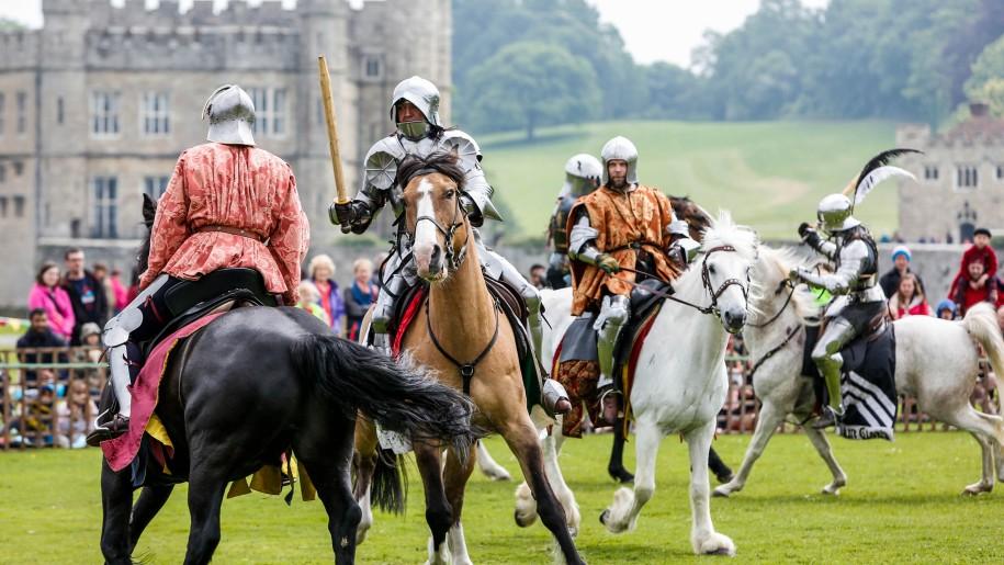 leeds castle horses