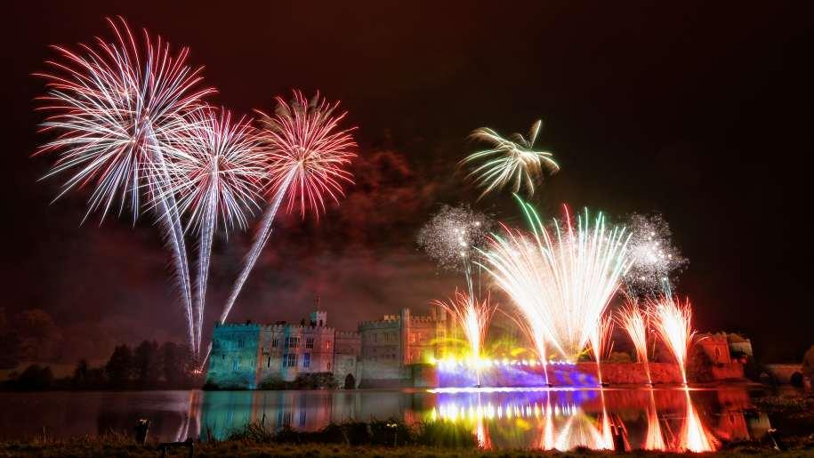 leeds castle, fireworks display