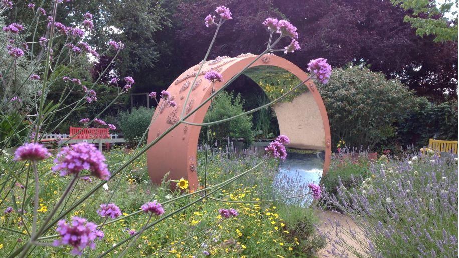 Summer garden - Stratford Butterfly Farm