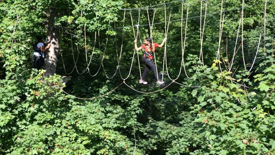 gilr rope bridge climbing at Wildwood Adventures