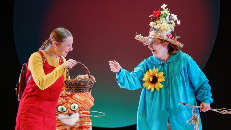 Actors in children's show at Yvonne Arnaud Theatre