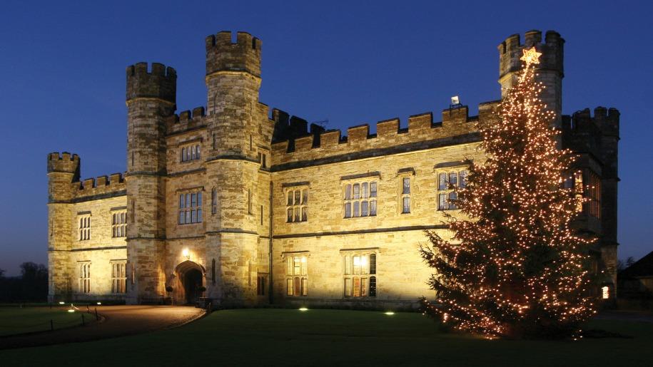 Christmas tree at Leeds Castle