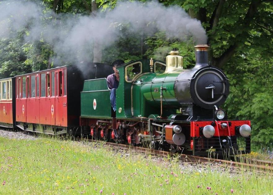 Kirklees Light Railway steam train